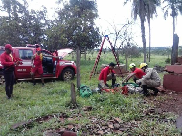BOMBEIROS MILITARES RESGATAM CORPO DE HOMEM DESAPARECIDO EM LAGOA SANTA